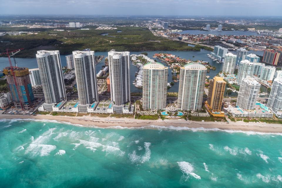Five Emerging Markets for Luxury Real Estate in North America - Miami